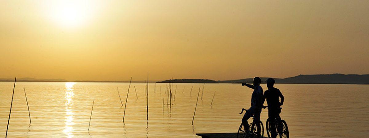 tramonto_in_bici_sul_lago_trasimeno