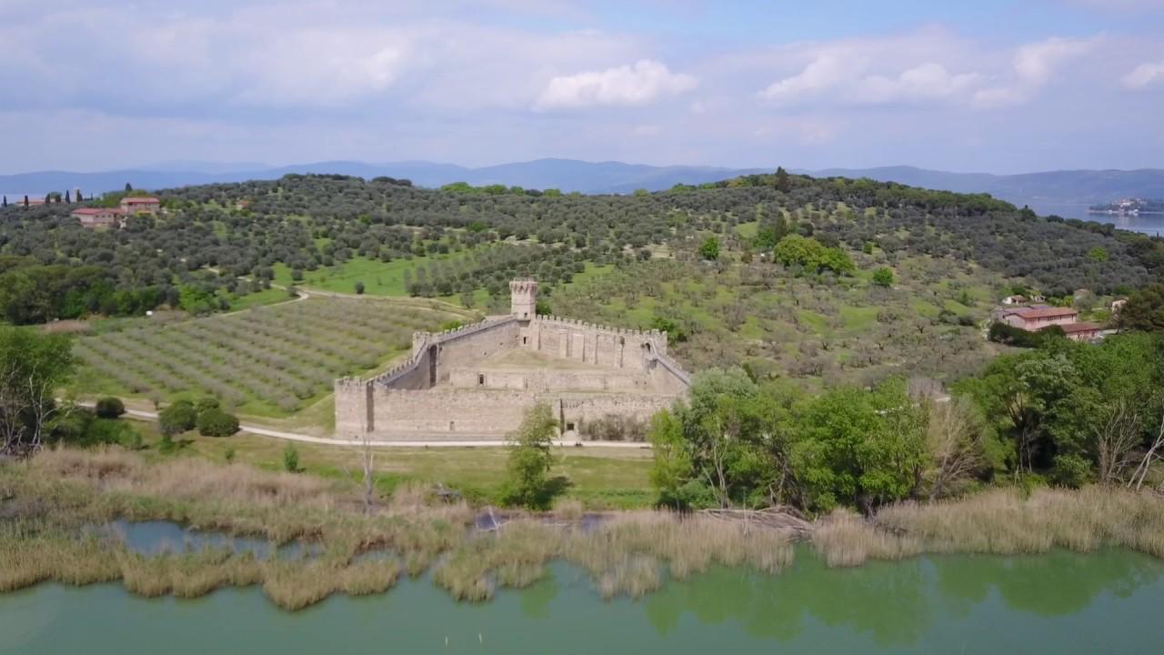 Il Castello medievale di Isola Polvese